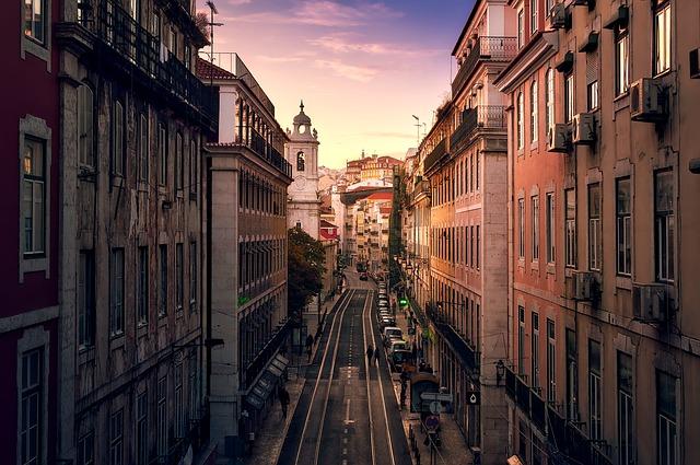 Lisbon - Z letalom na poti