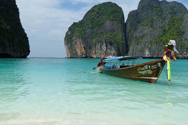 Phuket-Z_letalom_na_poti